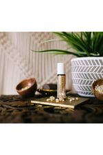 10ml_sacredfrankincense_lifestyle_opt.jpg